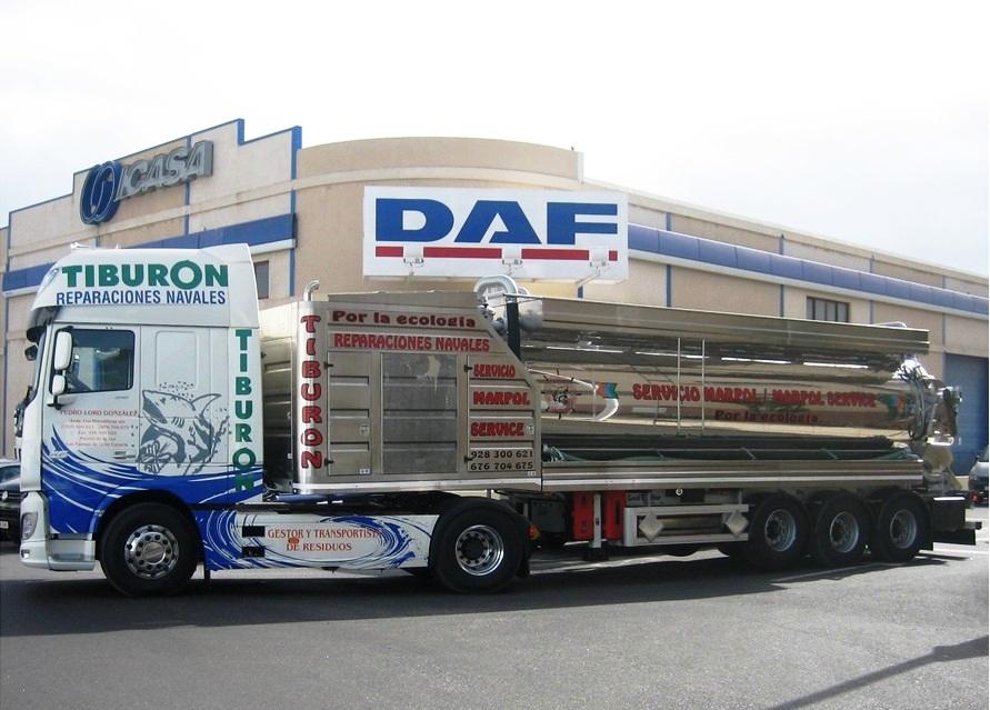 camion mas cisterna Rep Nav Tiburon